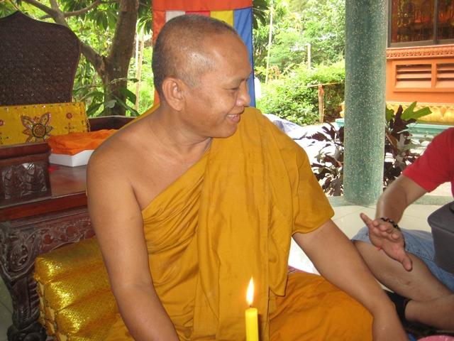 Sư Thailand - Trọng Hùng Fengshui