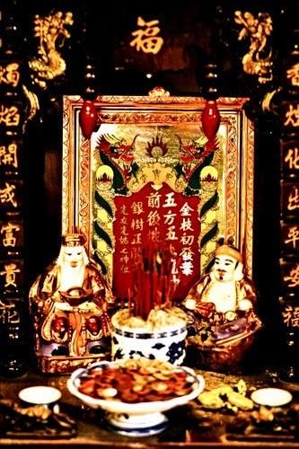 Bàn thờ thổ địa, tài thần - Phong thủy Trọng Hùng