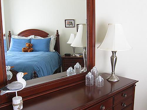 gương trong phòng ngủ - phong thủy trọng hùng