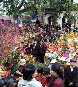 nghi lễ khi đến đền bà chúa kho – phong thủy trọng hùng