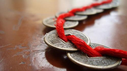 tiền xu - phong thủy trọng hùng