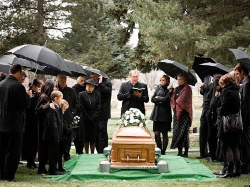 viếng tang năm tuổi - phong thủy trọng hùng